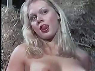 Babe Blonde Farm Vintage