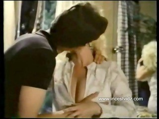 Videos from okvintageporn.com