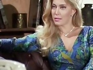 Videos from vintagepornclips.net