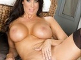 Videos from grannysexx.com